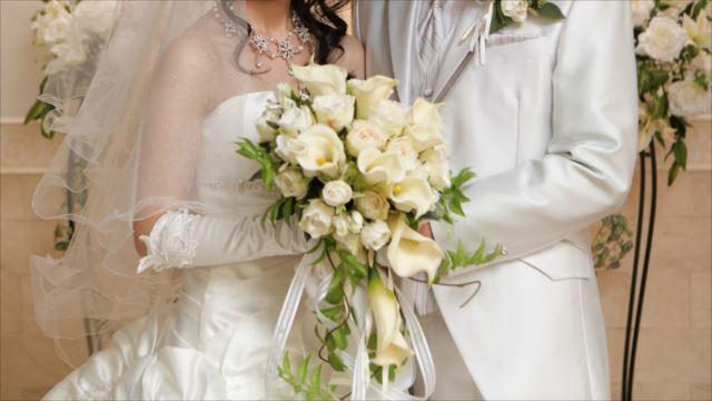 意外と単純じゃない?結婚式の衣装選びのポイントとは